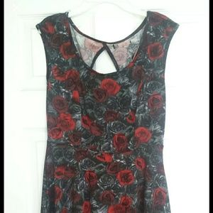 Hottopic rose dress